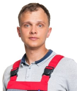 Максим Усанов